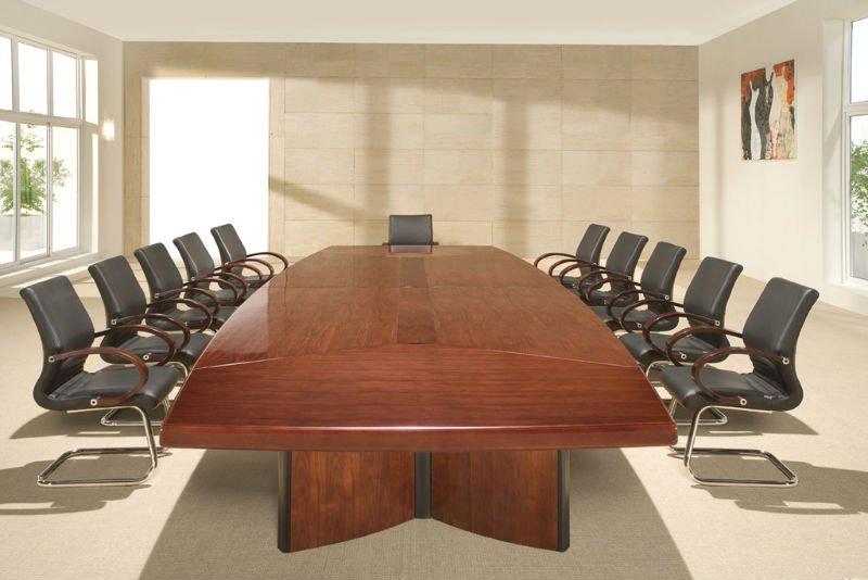 Charmant Board Table